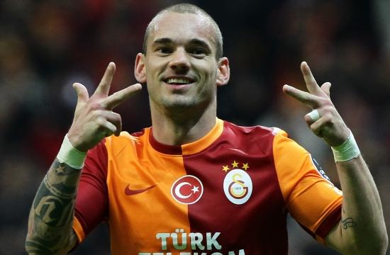 http://www.webaslan.com/img/5/2014/sneijder-3456534.jpg